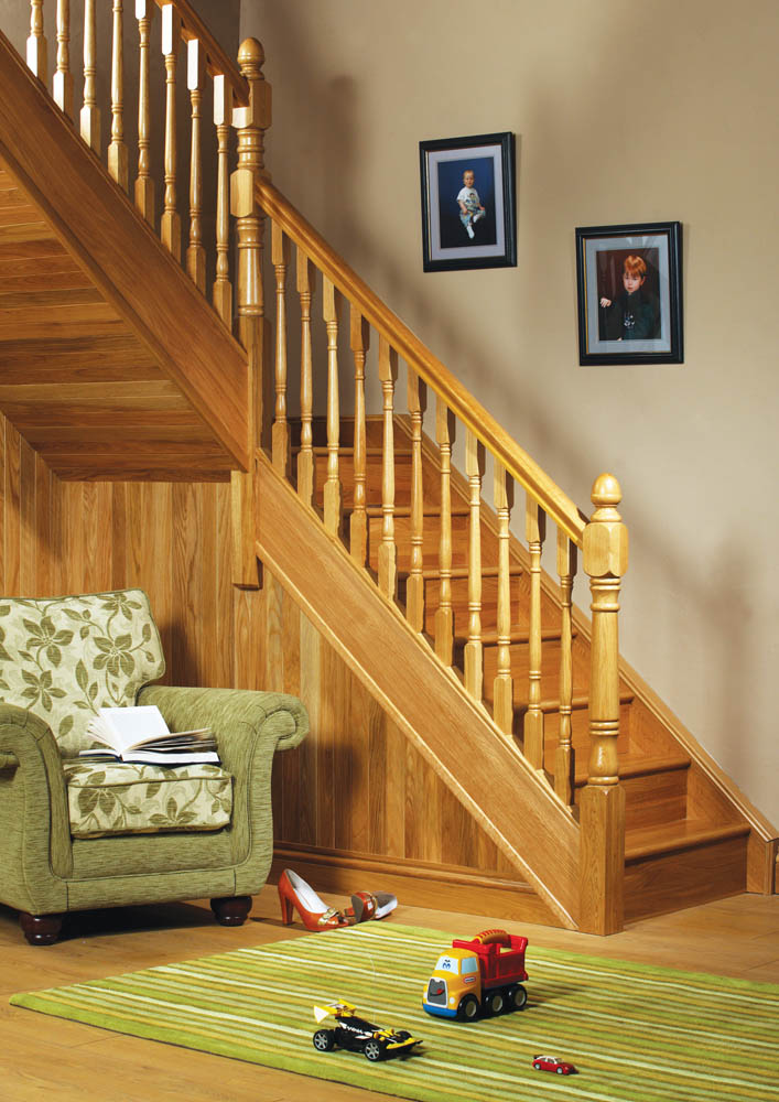 Achill Short Square Fluted Newel Post 860mm X 91mm X 91mm